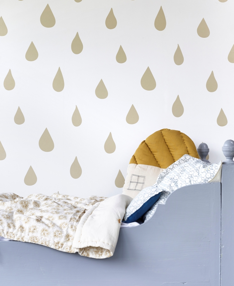 Hibou Home_Raindrops wallpaper_HH01102_Gold_c